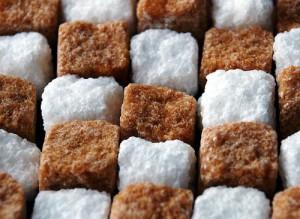 Безопасный заменитель сахара? Фруктоза: польза и вред
